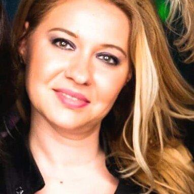 Simona elena Hogas